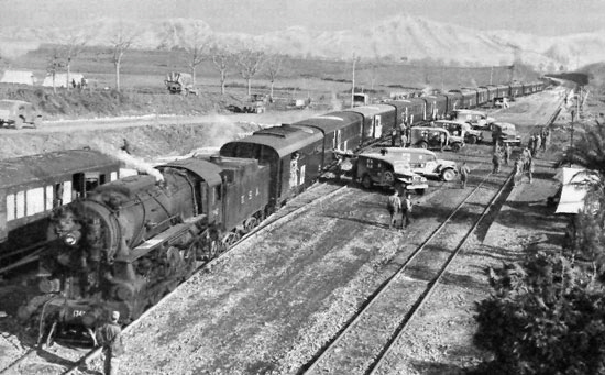 41st Hospital Train Loading near Riardo for Run to Naples, February 1944It is a picture taken from [3]